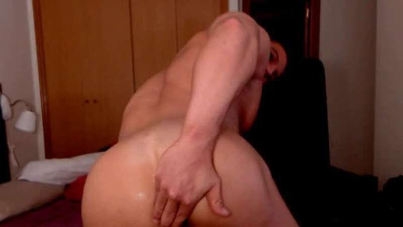 muscle man cam ass show